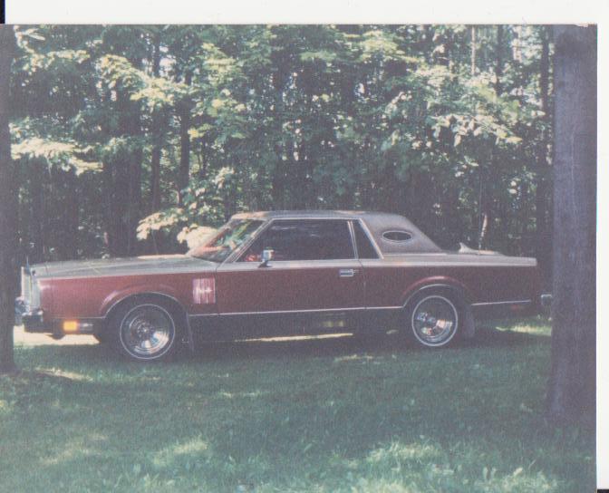 84 Lincoln Town Car Photo10