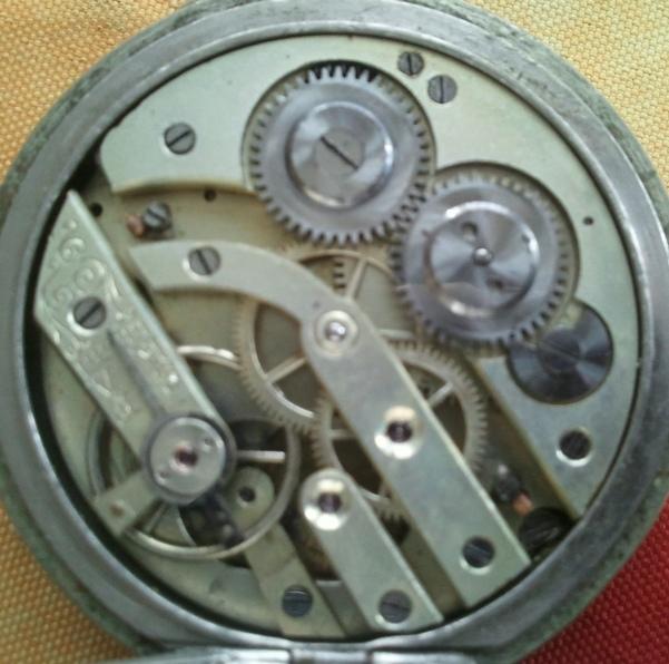 Votre montre de poche du moment ! - Page 4 Img_2023