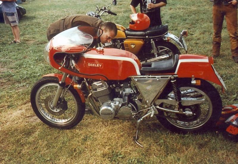 Honda... Seeley10