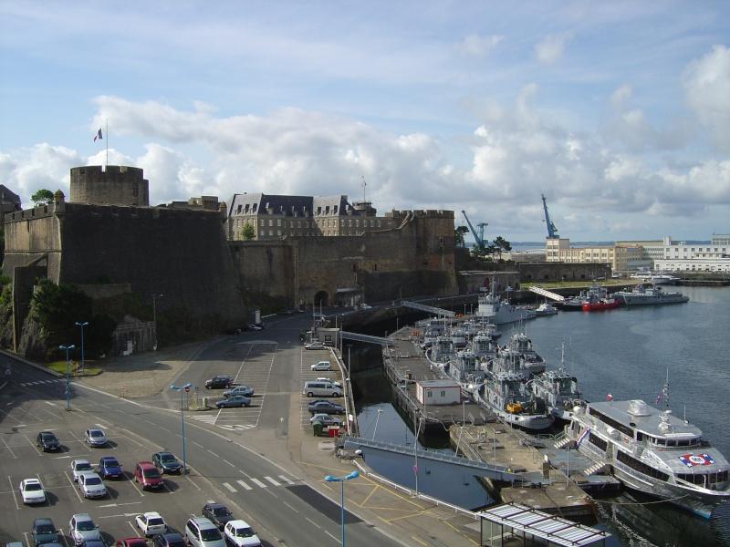 [Vie des ports] BREST Ports et rade - Volume 001 - Page 6 Dsc02113