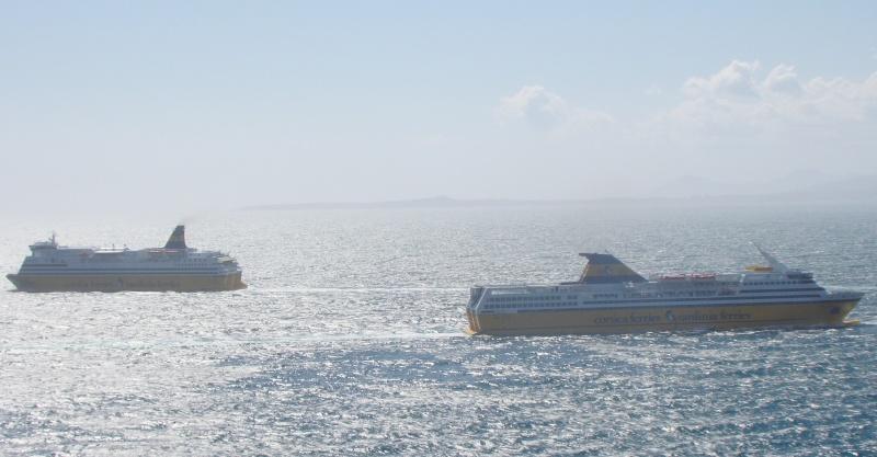 [Vie des ports] Le Port de Nice Dsc09731