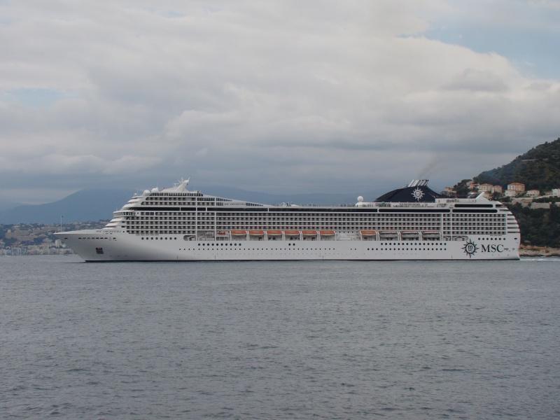 [Vie des ports] Le Port de Nice Dsc09812