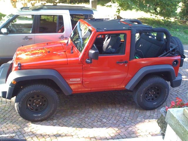 Ecco la mia vetturetta... Jk_ape10