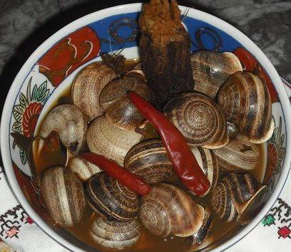 Le ramassage nocturne des escargots. Untitl11