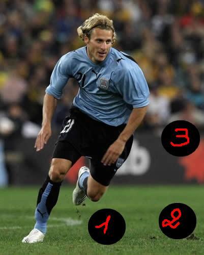 [ Jeu n°2 ] Où est le ballon - Page 4 Diego-10