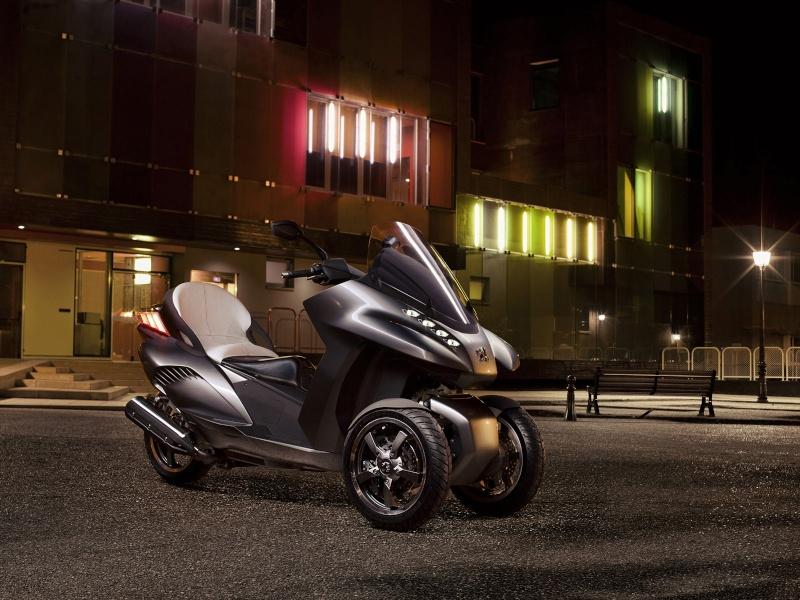 [DEUX ROUES] PSA, c'est aussi les scooters ! Peugeo30