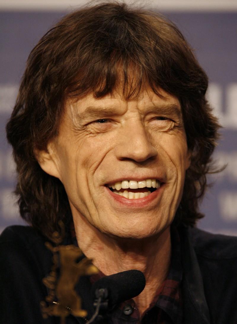 Parecidos Razonables Mick-j10