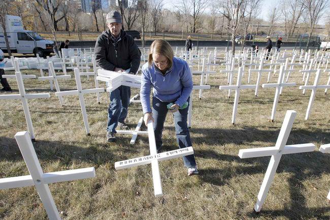 Memorial Drive Crosses A Reminder Of Alberta's Heroes  12972010