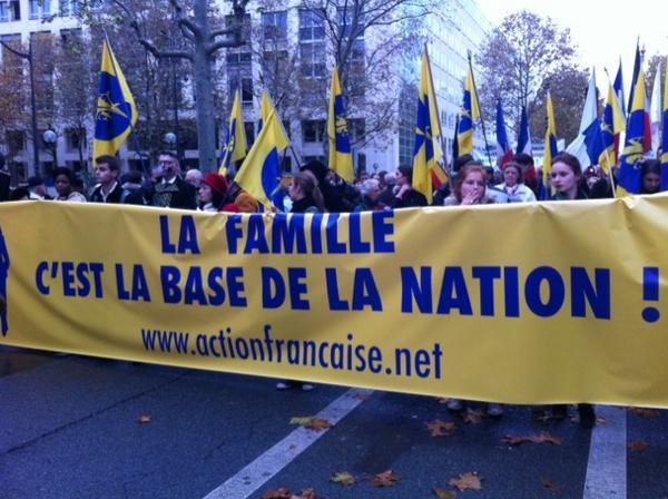 manif à Paris le 18 Nov : Non au Mariage homosexuel... Homo410