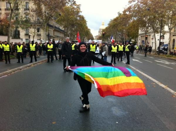 manif à Paris le 18 Nov : Non au Mariage homosexuel... Homo710