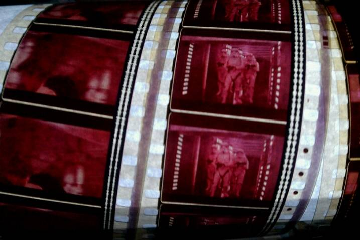 FILM & VIDEO  Film_r10