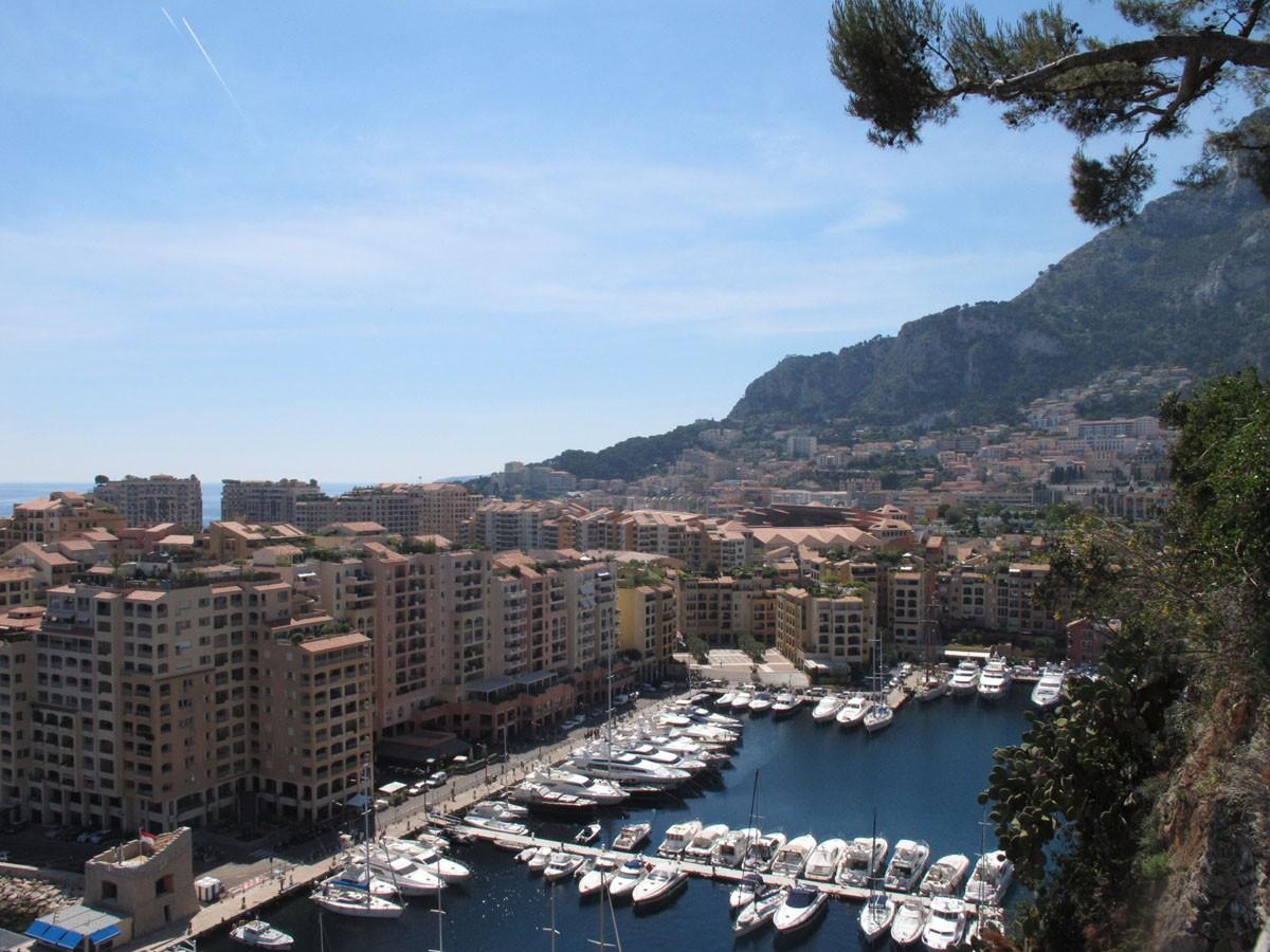 [VIE DES PORTS] Monaco - Page 3 Img_1720