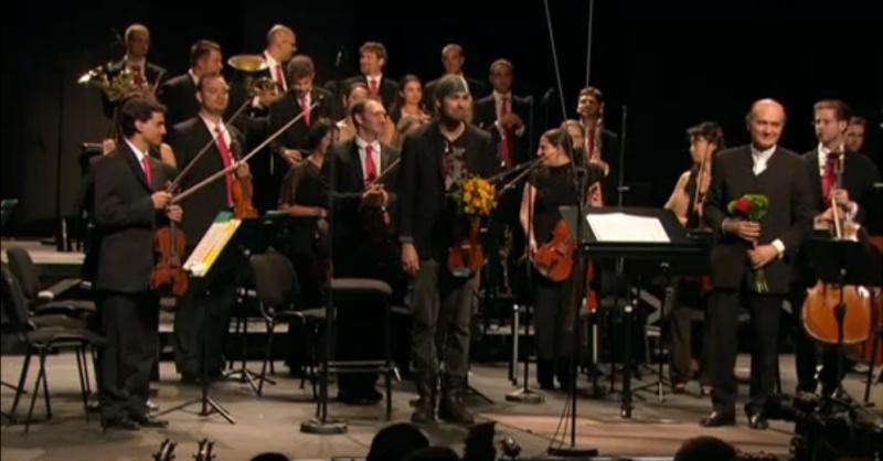 Violinisti rock e non solo...passati, presenti e futuri - Pagina 2 Immagi12