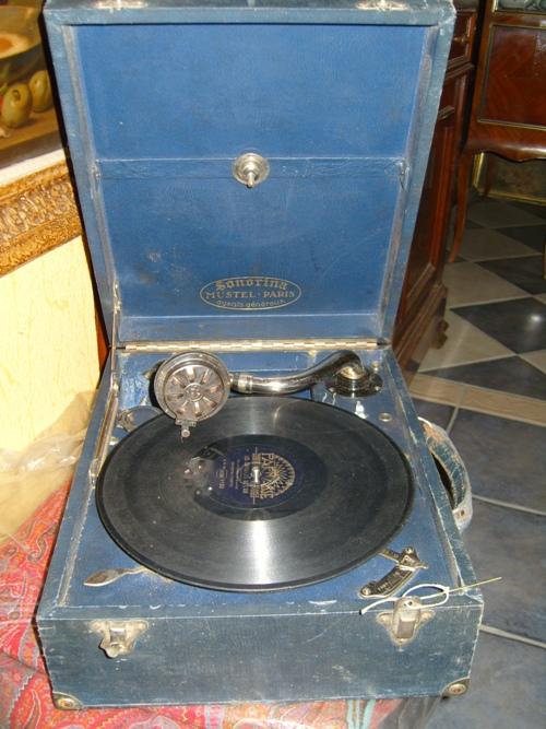 Radio Mustel Gramop10