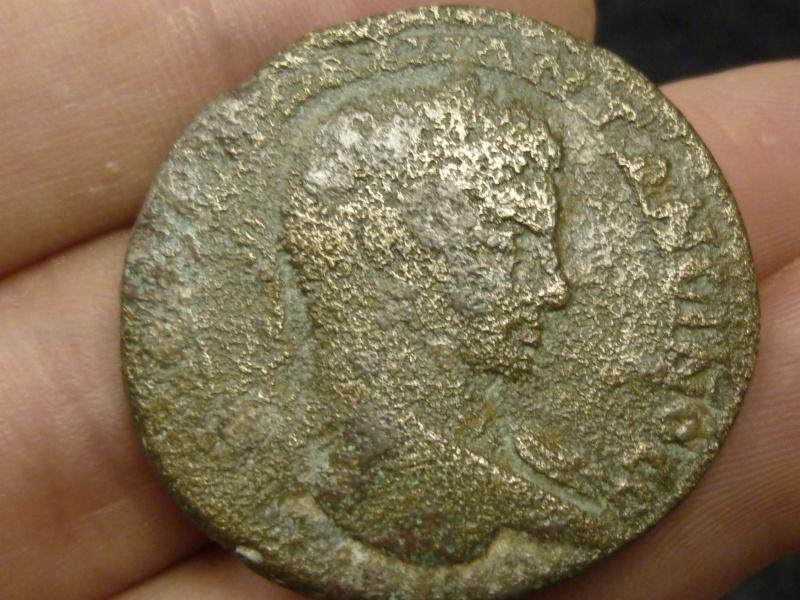 Sesterce Caracalla à identifier P1120210