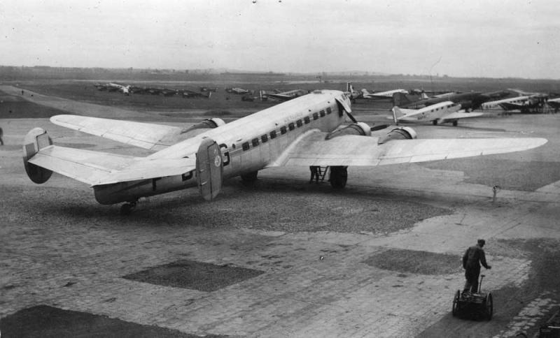 [Les anciens avions de l'aéro] Le MB 161 - Languedoc - Page 2 Dugny10