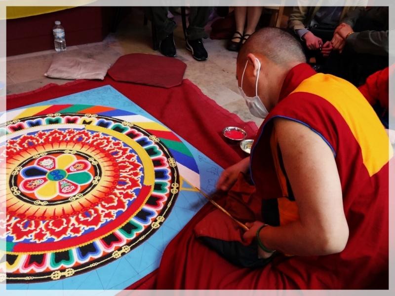 Céation et dissolution d'un Mandala Dsc05711