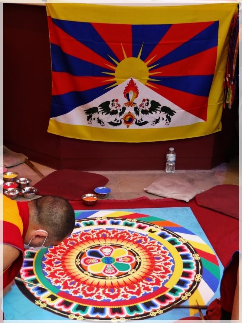 Céation et dissolution d'un Mandala Dsc05713