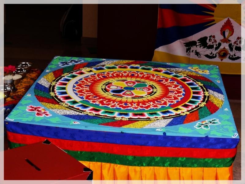 Céation et dissolution d'un Mandala Dsc05812