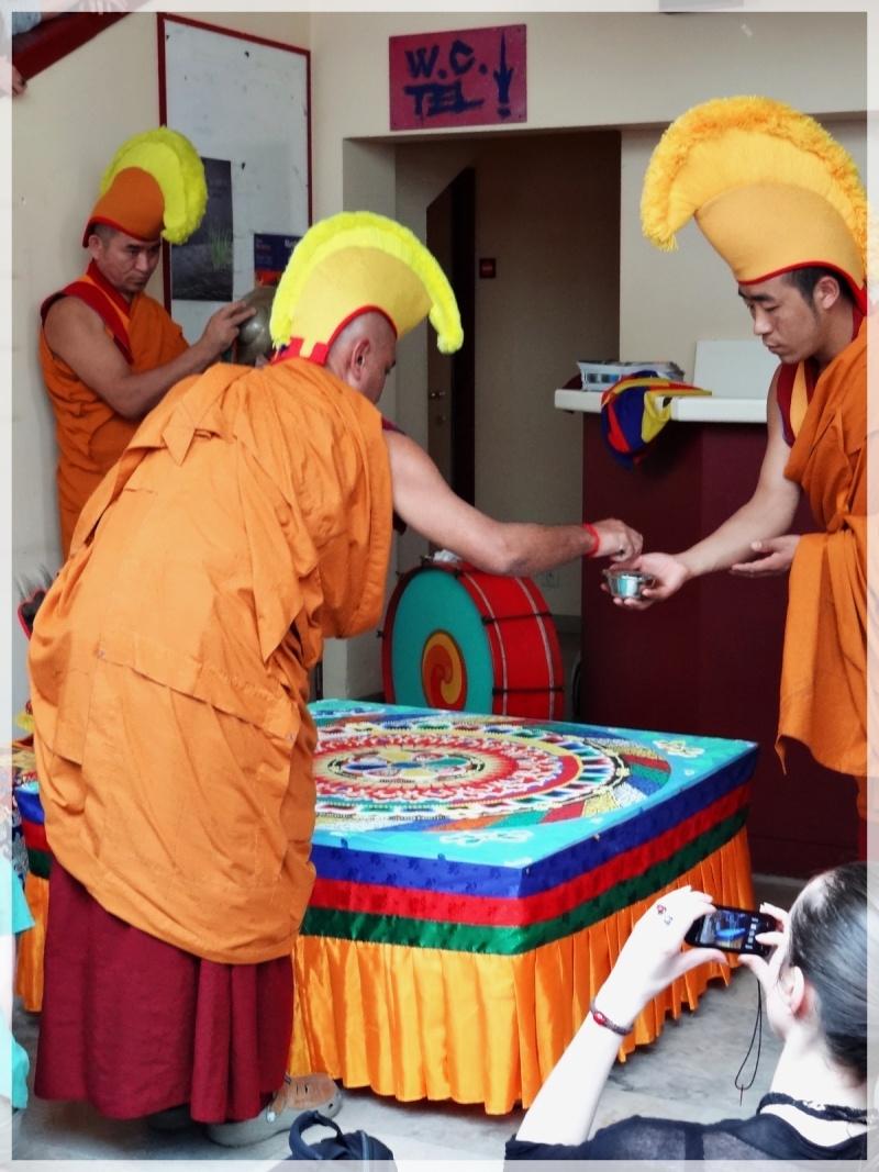 Céation et dissolution d'un Mandala Dsc05814