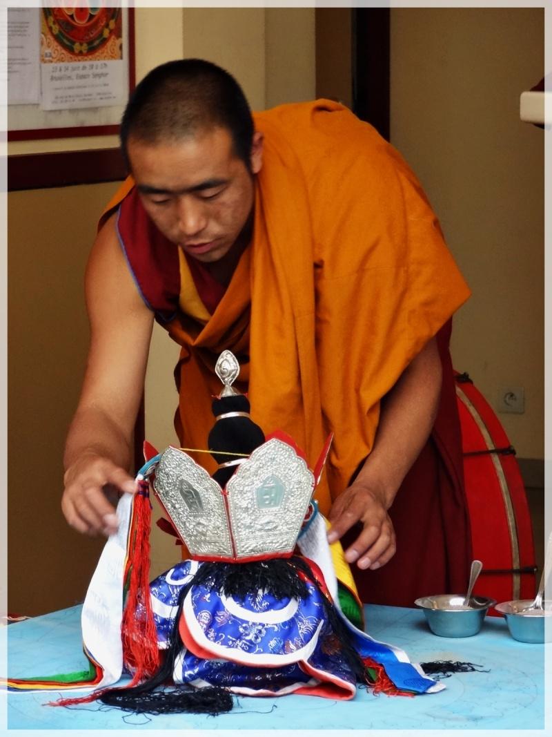 Céation et dissolution d'un Mandala Dsc05818