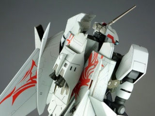 NEWS SUR MACROSS THE RIDE - Page 5 Mr-vf010