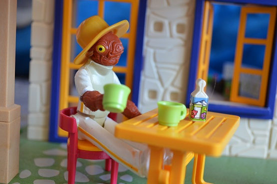 Star Wars Figures in Action!!: Overview On Page 1 - Page 5 Ackbar11