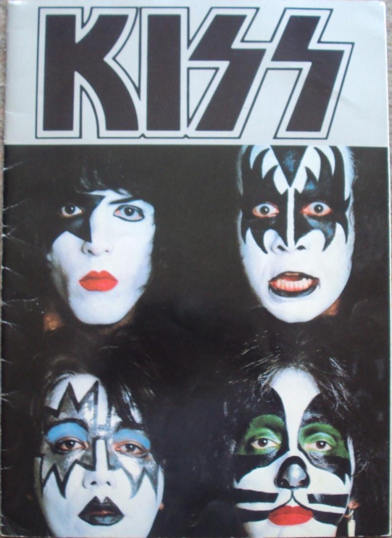 KISS, QUAND TU ME  TOUR.....NES EN BOOK! - Page 5 Dsc02352