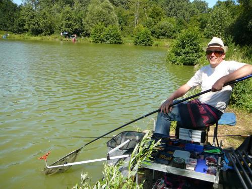 Festival de pêche sur le plan d'eau de Chuzelles (38) les 16 et 17 juin 2012 07eed411
