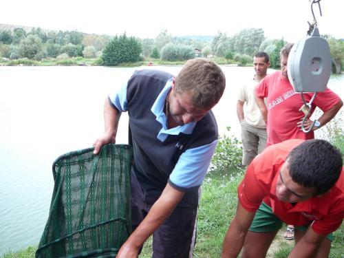 Festival de pêche sur le plan d'eau de Chuzelles (38 les 10 et 11 septembre 2011 - Page 2 62aaec10