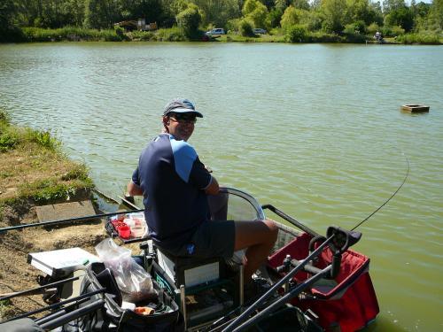 Festival de pêche sur le plan d'eau de Chuzelles (38) les 16 et 17 juin 2012 7982ed10