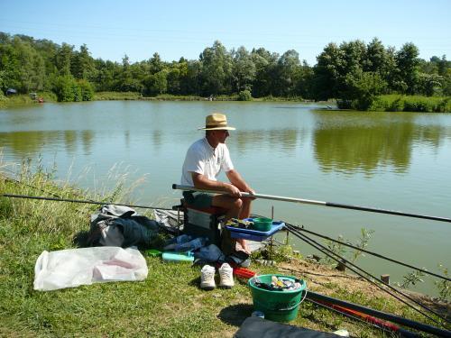 Festival de pêche sur le plan d'eau de Chuzelles (38) les 16 et 17 juin 2012 87b91a11