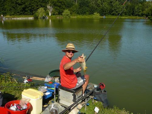 Festival de pêche sur le plan d'eau de Chuzelles (38) les 16 et 17 juin 2012 98aaee11