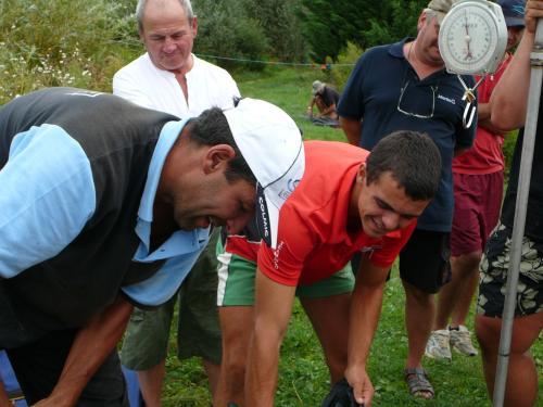 Festival de pêche sur le plan d'eau de Chuzelles (38 les 10 et 11 septembre 2011 - Page 2 Abde1910