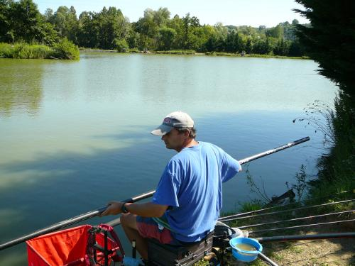 Festival de pêche sur le plan d'eau de Chuzelles (38) les 16 et 17 juin 2012 Bbe1cd10
