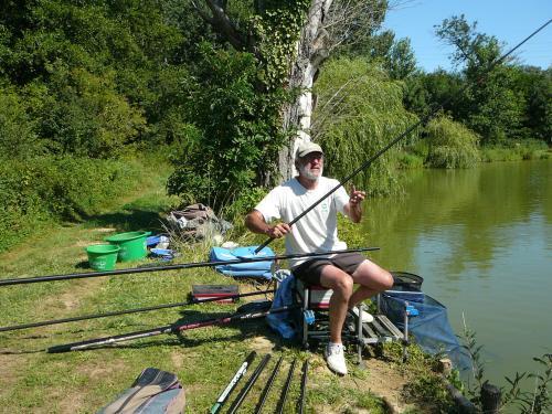 Festival de pêche sur le plan d'eau de Chuzelles (38) les 16 et 17 juin 2012 C61a4011