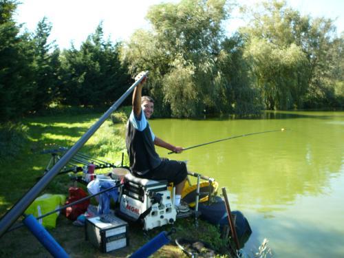 Festival de pêche sur le plan d'eau de Chuzelles (38 les 10 et 11 septembre 2011 - Page 2 Db2c4e10