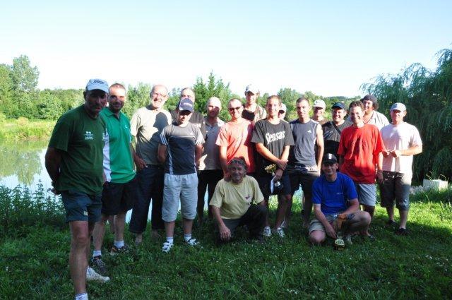 Festival de pêche sur le plan d'eau de Chuzelles (38) les 16 et 17 juin 2012 - Page 2 Dsc_0110