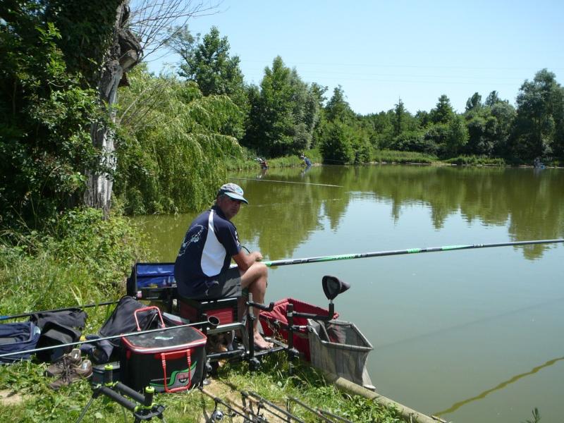 Festival de pêche sur le plan d'eau de Chuzelles (38) les 16 et 17 juin 2012 - Page 2 P1090112