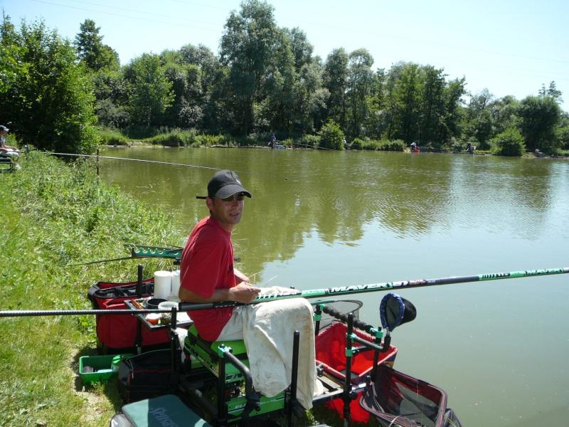 Festival de pêche sur le plan d'eau de Chuzelles (38) les 16 et 17 juin 2012 - Page 2 P1090114