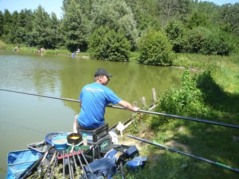 Festival de pêche sur le plan d'eau de Chuzelles (38) les 16 et 17 juin 2012 - Page 2 P1090116