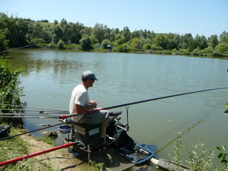 Festival de pêche sur le plan d'eau de Chuzelles (38) les 16 et 17 juin 2012 - Page 2 P1090117