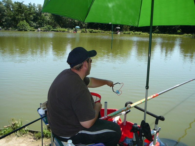 Festival de pêche sur le plan d'eau de Chuzelles (38) les 16 et 17 juin 2012 - Page 2 P1090122