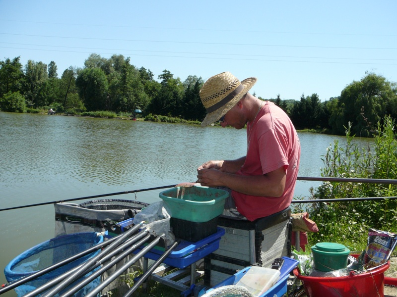 Festival de pêche sur le plan d'eau de Chuzelles (38) les 16 et 17 juin 2012 - Page 2 P1090127