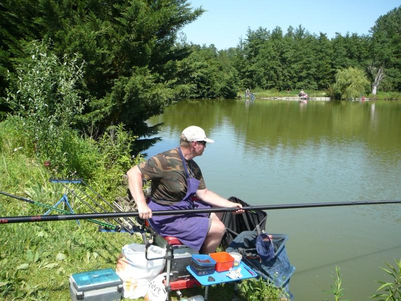 Festival de pêche sur le plan d'eau de Chuzelles (38) les 16 et 17 juin 2012 - Page 2 P1090130