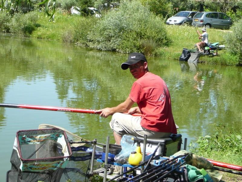 Festival de pêche sur le plan d'eau de Chuzelles (38) les 16 et 17 juin 2012 - Page 2 P1090133