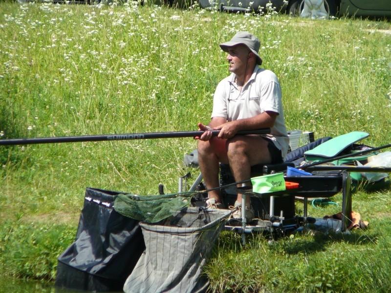 Festival de pêche sur le plan d'eau de Chuzelles (38) les 16 et 17 juin 2012 - Page 2 P1090135