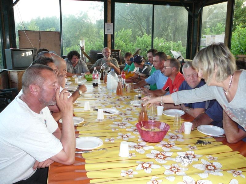 Festival de pêche sur le plan d'eau de Chuzelles (38) les 16 et 17 juin 2012 - Page 2 P1090138