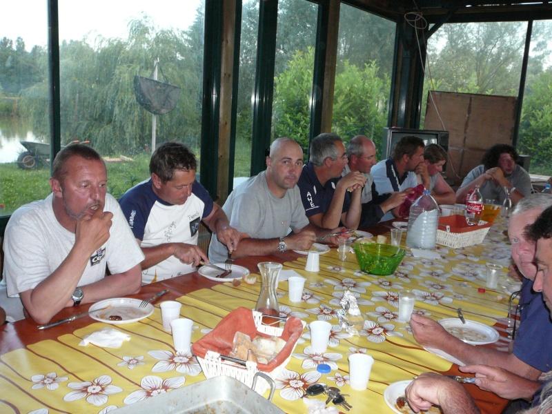 Festival de pêche sur le plan d'eau de Chuzelles (38) les 16 et 17 juin 2012 - Page 2 P1090139