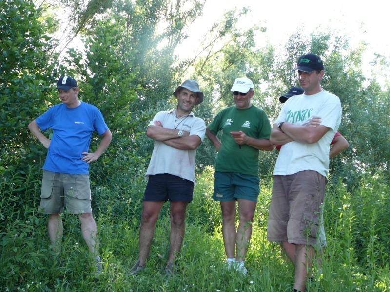 Festival de pêche sur le plan d'eau de Chuzelles (38) les 16 et 17 juin 2012 - Page 2 P1090213